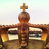 Crown on a Bridge in Stockholm, taken during CLC 2012 - Courtesy of Andreja Zevnik