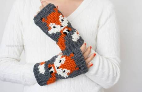 Foxy Looking Fox Mittens