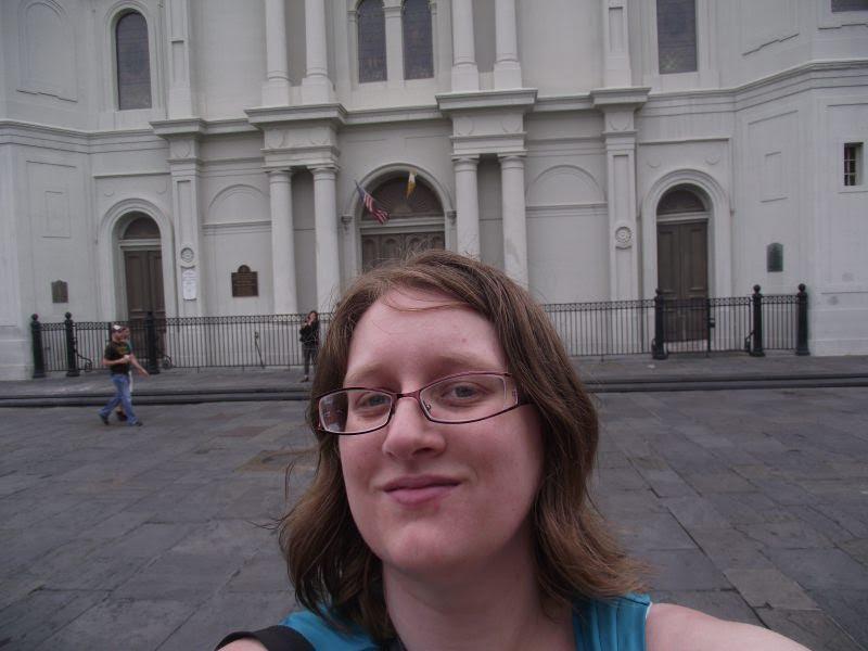 alouise bad travel selfie