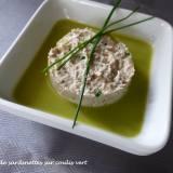 Mousse de sardinettes sur coulis vert P1040061