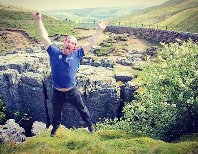 Yeyy its Friday!!!Heres our Butterchops jumping over Buttertubs in thehellip