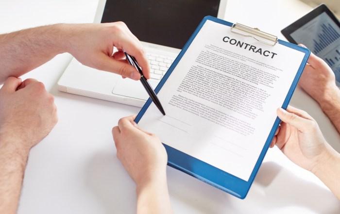 Make Sure You Read the Fine Print of a Web Design Contract