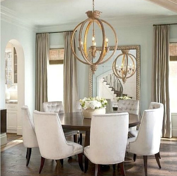 Round dining tables connecticut in style for Round table dining suites