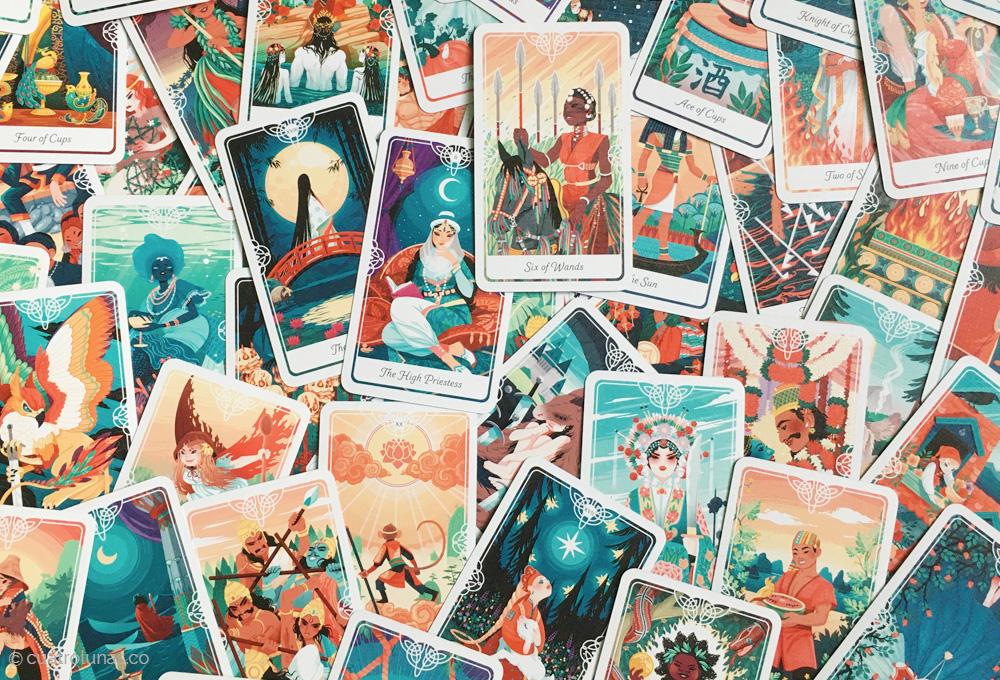 Reseña y Entrevista al Tarot of the Divine