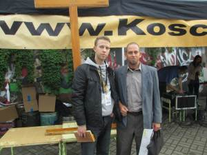 Servicio Evangélico al aire libre en el centro de Varsovia