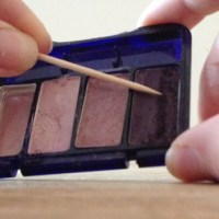 Pintervention: DIY Matte Nail Polish