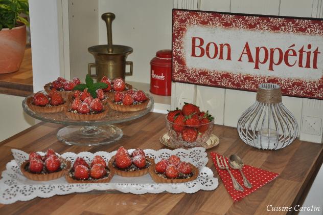 Erdbeer-Nougat-Tartelette