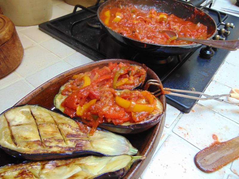 Imam bayildi recette aubergine cuisine grecque - Aubergine a la poele ...