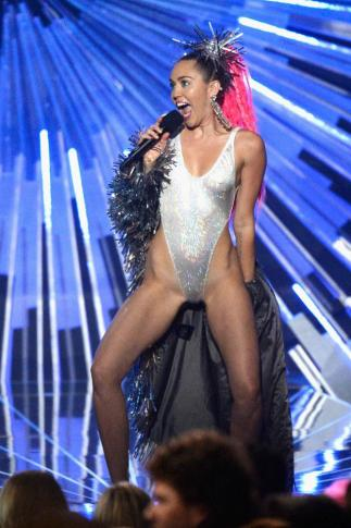 Miley 7 culturageek.com.ar