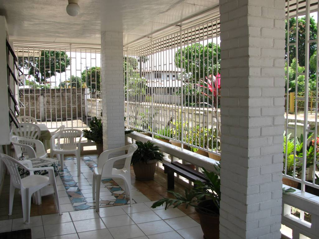 Front yard terrace at Paramaribo family home