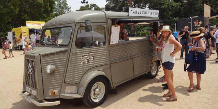 Coffee culture in Melbourne: your cuppa sold on the road!