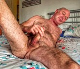 mature hairy wanker