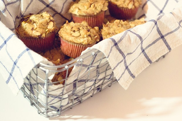 gluten-free apple streusel muffins | a recipe from frannycakes