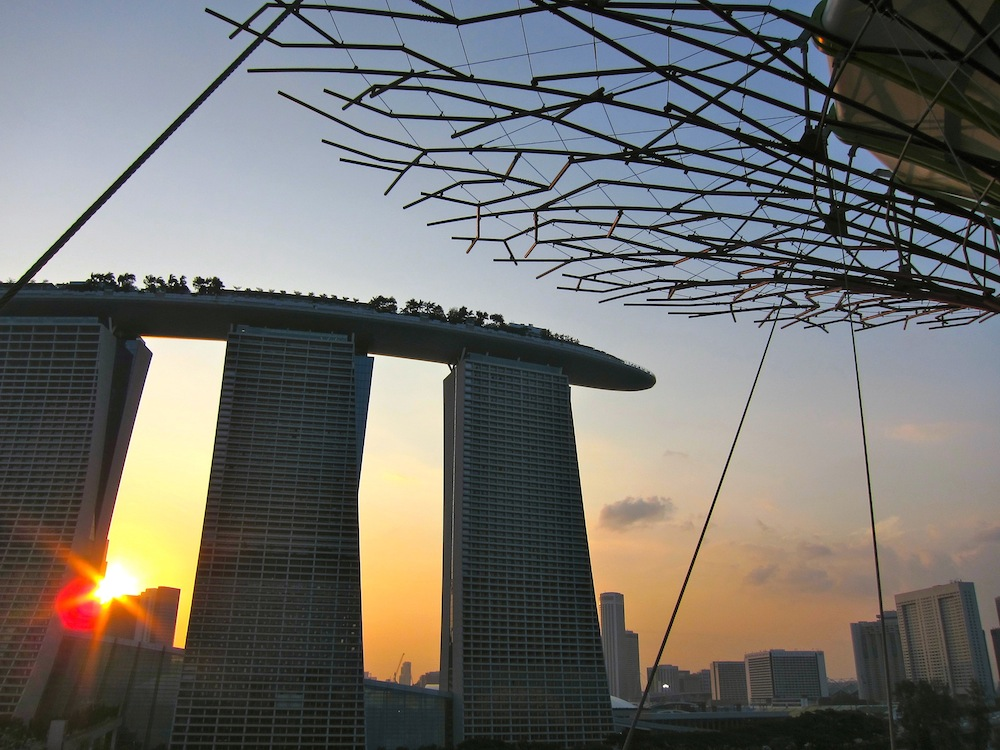 15 cool hotels in singapore curly traveller for Marina bay sands architecture concept