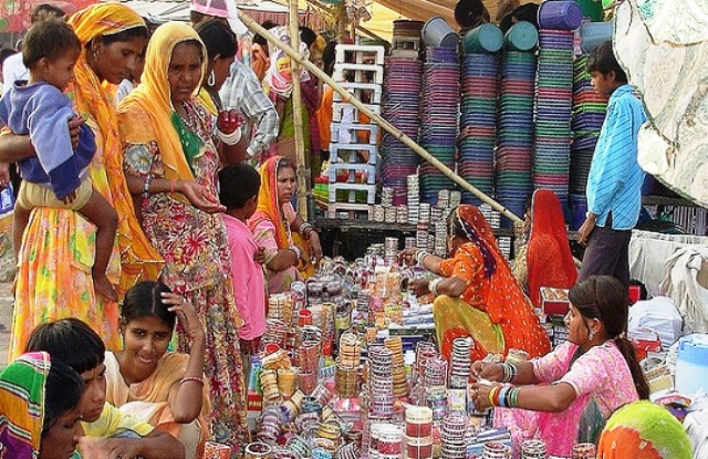 Shopping in Agra