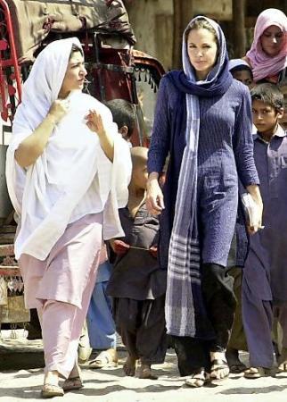 What to Wear in Pakistan