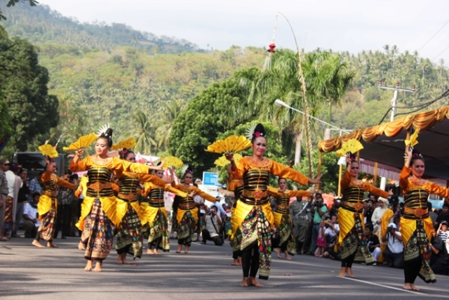 Culture and Festivals in Lombok