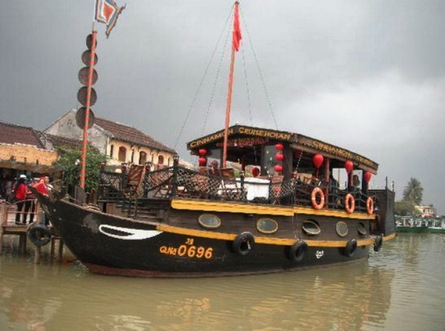 Boating and Cruising in Hoi An