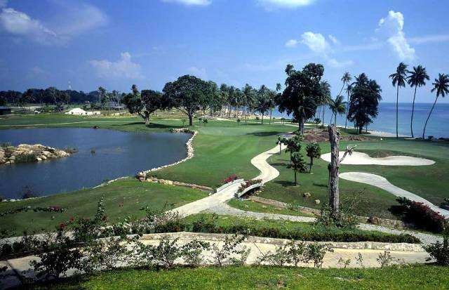 Golf in Batam Island