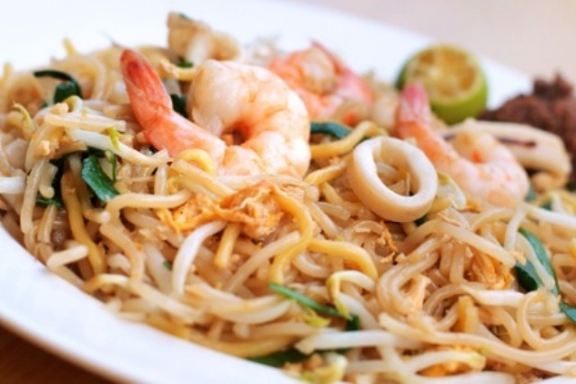 local dish in singapore
