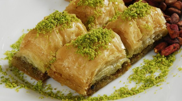 dessert, local food, lebanon, jounieh