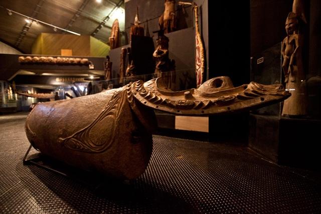 museum, papua new guinea,