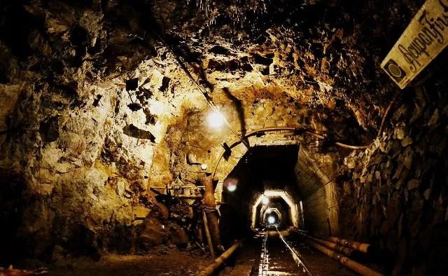 tunnel, mining, baguio, balatoc, philippines
