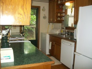 Great Full sized Appliances Inside The Vacation Cabin!