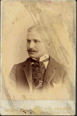 Edward Kettleberger, Hoseman