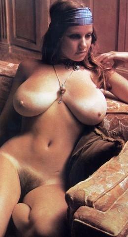 nude female bodybuilding photography
