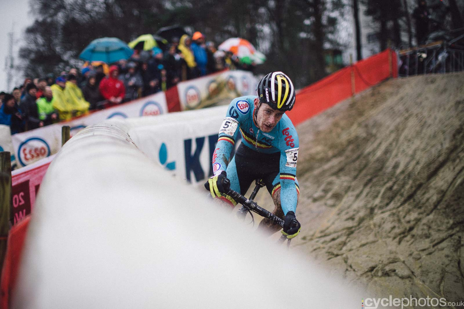2016-cyclephotos-cyclocross-world-championships-zolder-111600-daan-soote