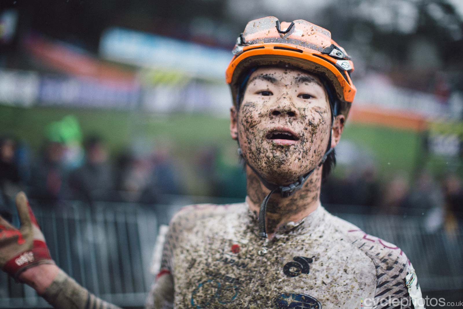 2016-cyclephotos-cyclocross-world-championships-zolder-115026-hijiri-oda