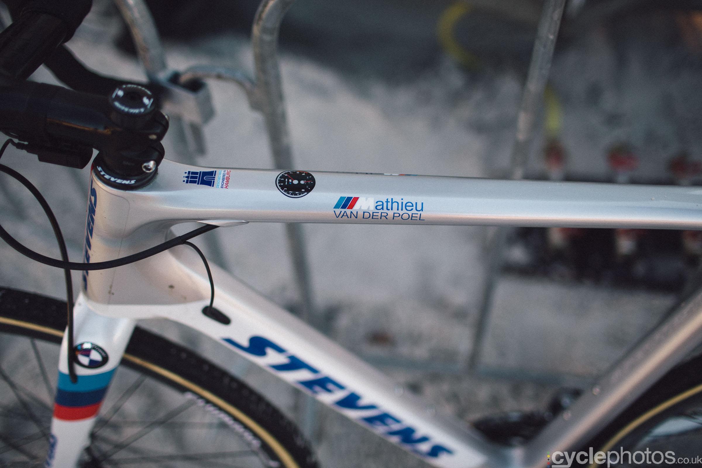 2016-cyclocross-zilvermeercross-mol-154220-wout-van-aert