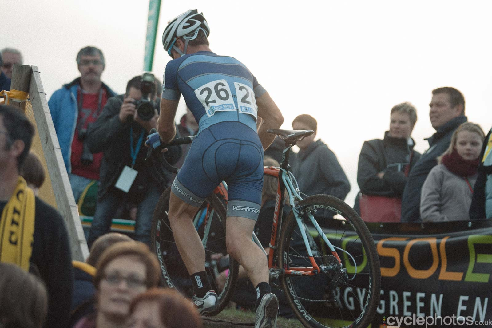 2012-cyclephotos-cyclocross-ruddervoorde-171350-jonathan-page