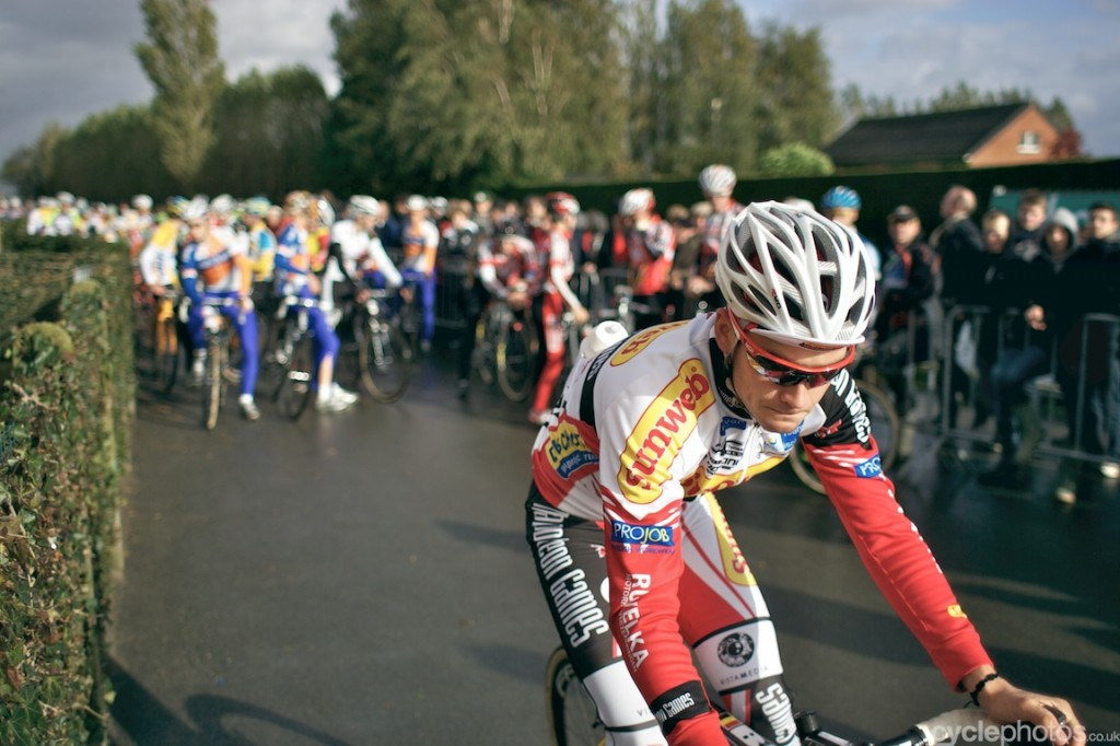 Gianni Vermersch rolls to the start of the U23  cyclocross Superprestige race in Ruddervorde.
