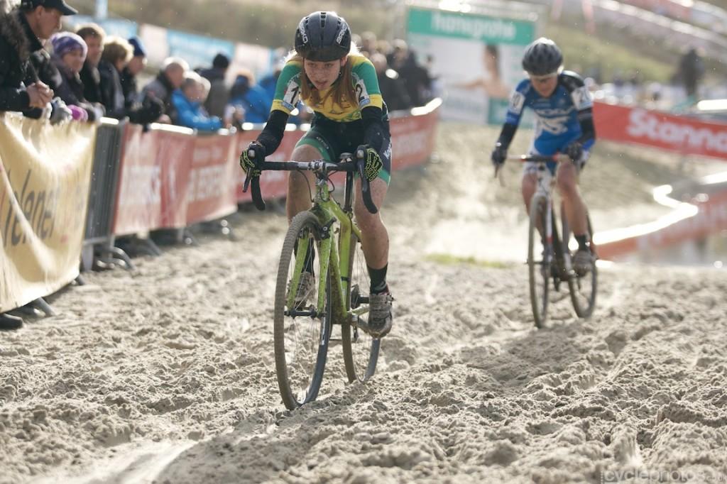 2013-cyclocross-superprestige-gieten-64-nikola-noskova