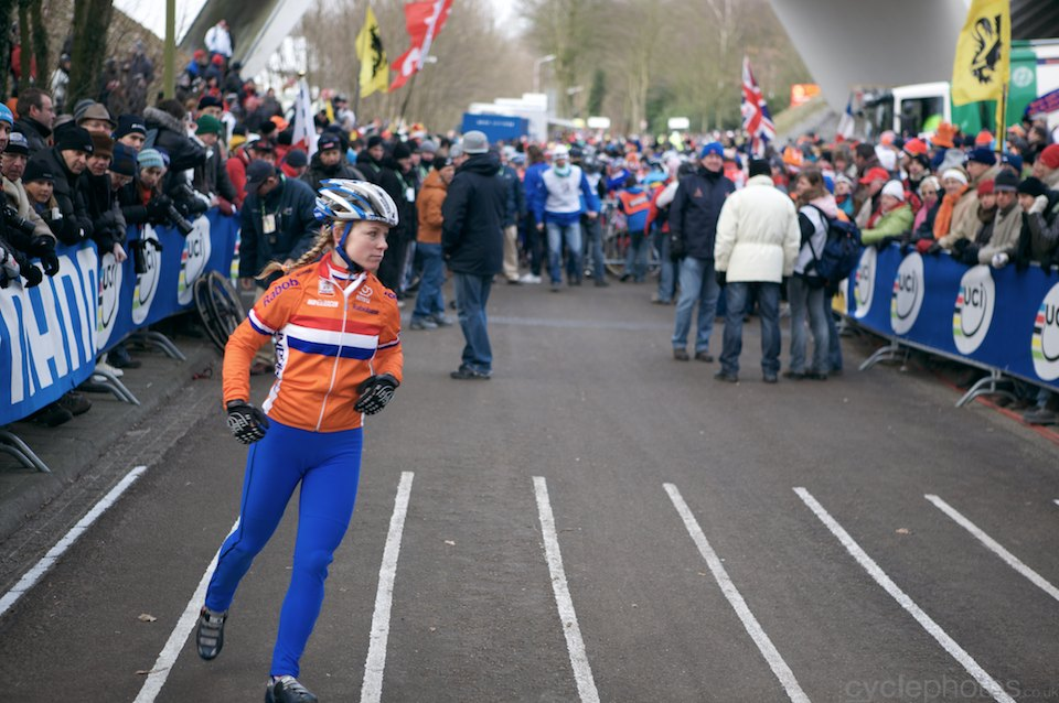 Dapnhy van den Brand dances/warms up before the women's race.