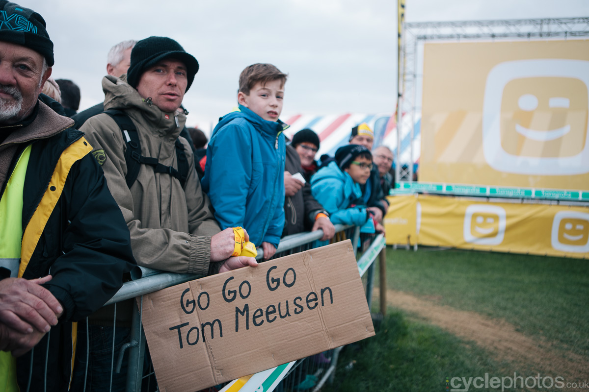 2014-cyclocross-superprestige-ruddervoorde-tommeke-supporters-163903