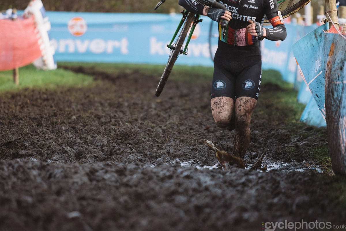 2014-cyclocross-bpost-bank-trofee-essen-splash-134043
