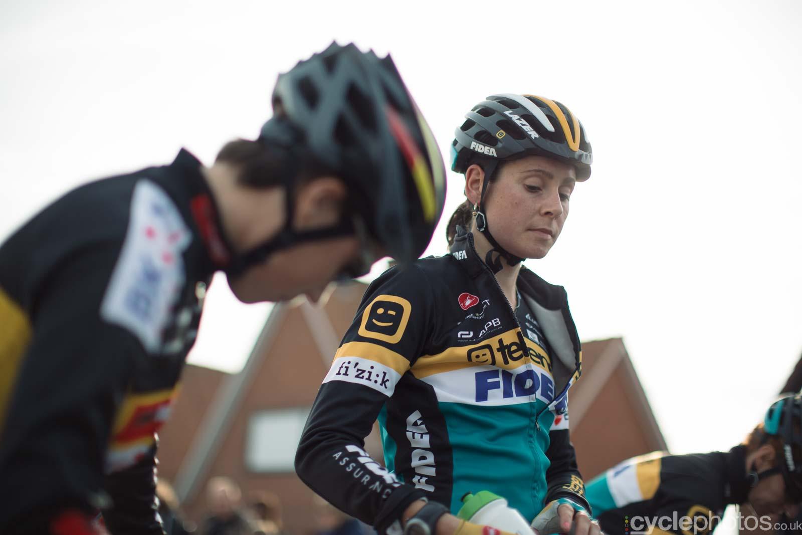 2015-cyclephotos-cyclocross-ruddervoorde-133920-nikki-harris