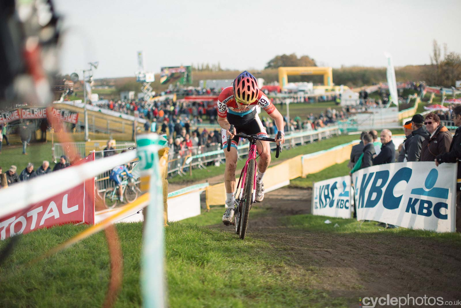 2015-cyclephotos-cyclocross-ruddervoorde-140223-christine-majerus
