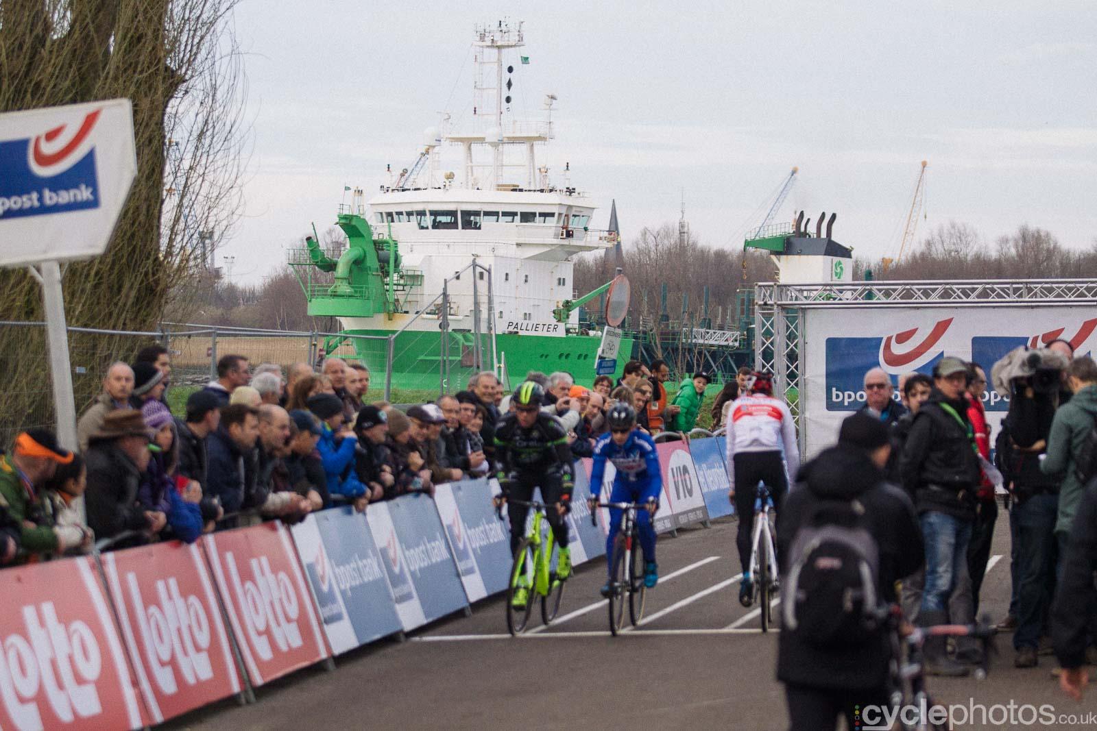 2015-cyclephotos-cyclocross-scheldecross-145108-ship