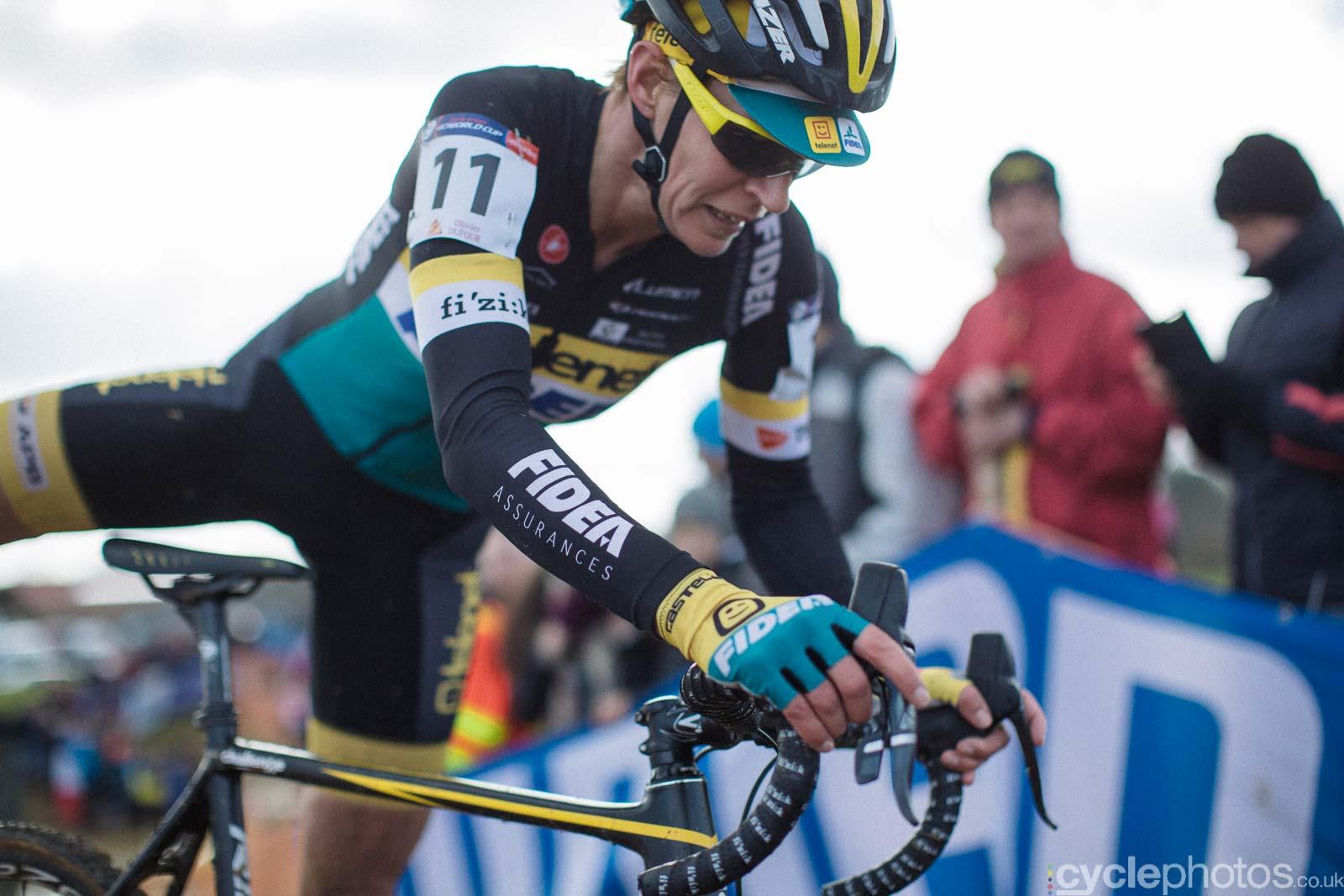 2016-cyclephotos-cyclocross-lignieres-134024-ellen-van-loy