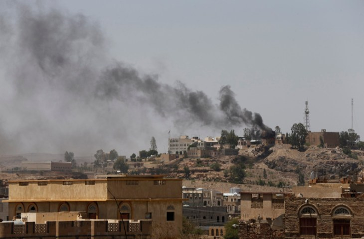 Yemen TV building on fire as clashes continue with Shiites
