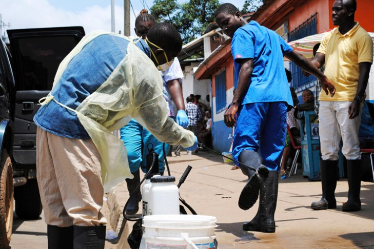 Home care kits highlight gaps in West Africa's Ebola response