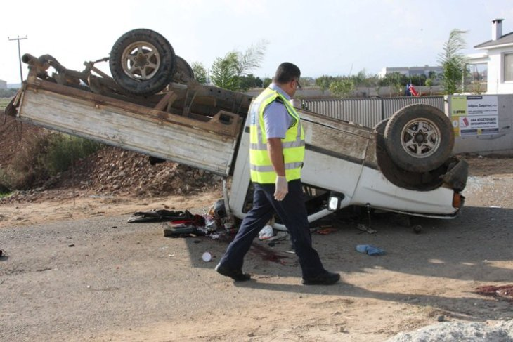 Worker dies in road accident