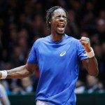 Monfils beats Federer as France draw level