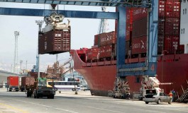 Port workers continue go-slow causing havoc in Limassol