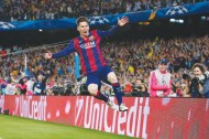 Mesmeric Messi nets double as Barca romp past Bayern