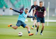 Liverpool complete Clyne signing from Southampton